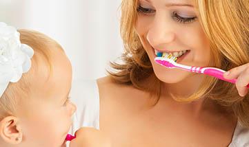 Dicas de como cuidar da saúde bucal do seu filho